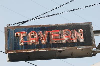 b2ap3_thumbnail_tavern_sign.jpg